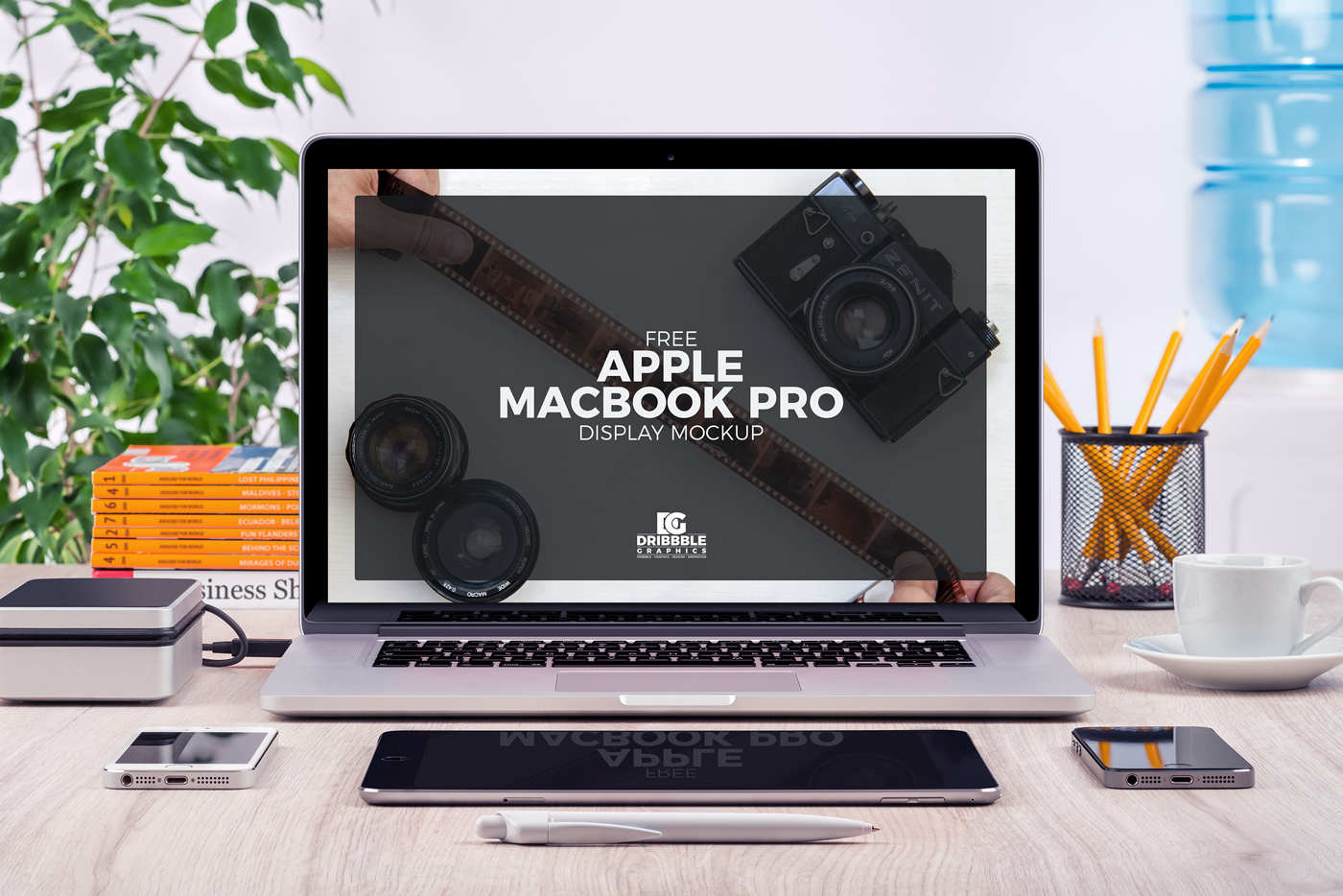 Free-Apple-MacBook-Pro-Display-mock-up-Psd