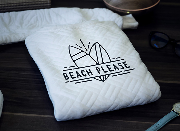 Free-Beach-Apparel-Sweater-Mockup-PSD-For-Logo-Branding