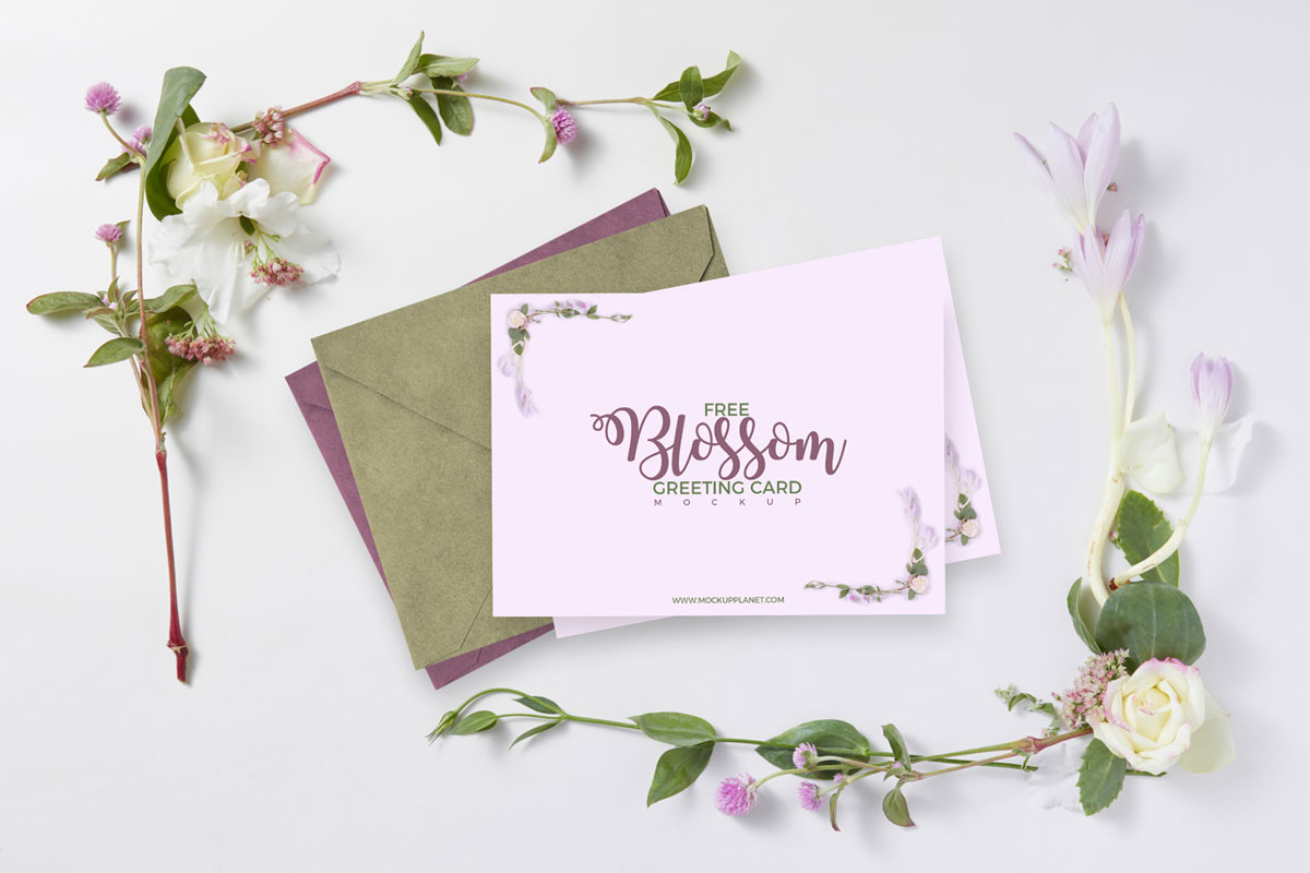 Free-Beautiful-Floral-Blossom-Greeting-Card-Mockup