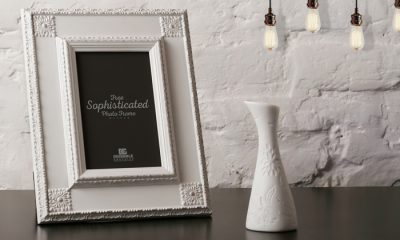 Free-Sophisticated-Photo-Frame-Mockup-300