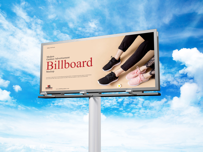 Free-Modern-Outdoor-Advertisement-Billboard-Mockup