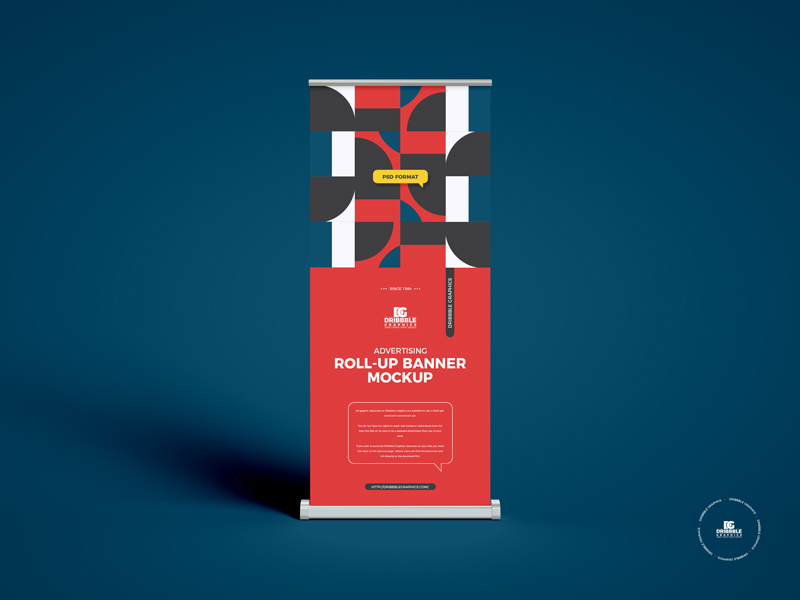 Free-Advertising-Roll-Up-Banner-Mockup-600