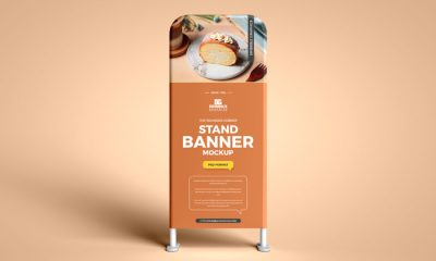 Free-Top-Rounded-Corner-Stand-Banner-Mockup-300